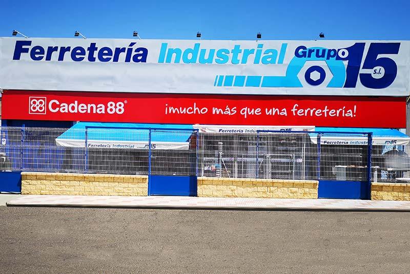 GRUPO 15 Y CADENA 88 FERRETERIA